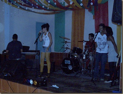 banda-tavulah-segundo-show-de-talentos-quatis- (4)
