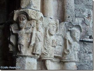 San Vicente de Larumbe CRUCIFIXION