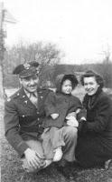 Feb 20, 1944 - Al Mandrachia and Eloise with their daughter Susan (my mom)