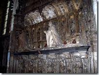 2005.08.19-018 tombeau de Louis de Brezé dans la cathédrale