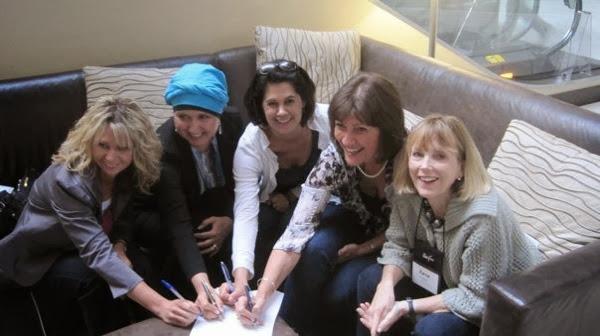 Girls Signing Smitten