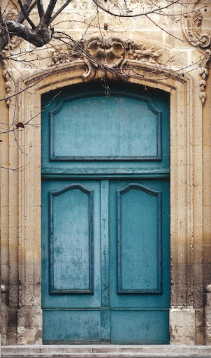 A front door in Provence and cover image.