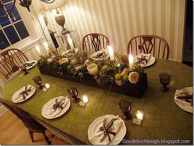 Thanksgiving table 2011 019 (800x600)