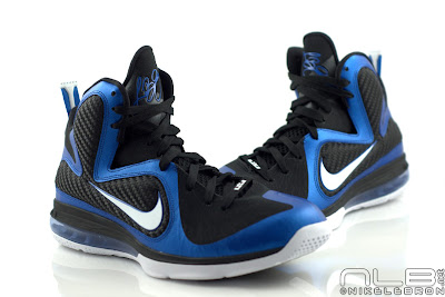 lebron9 kentucky 01 web The Showcase: LEBRON 9 Kentucky Wildcats Exclusive