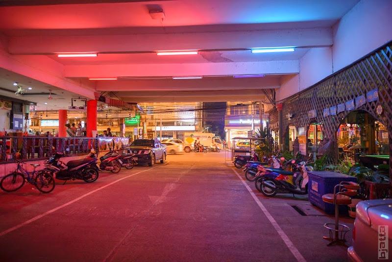2557_Thailand_Pattaya_Jomtien_transport_tuk_tuk_tuck_tuck_taxi-18