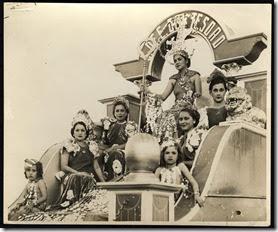 carnaval dominicano 1937- carroza Secretaria del Tesoro