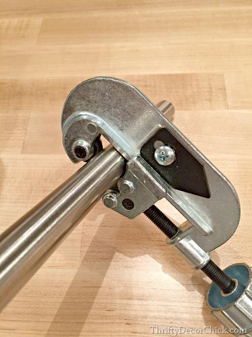 pipe cutter tool