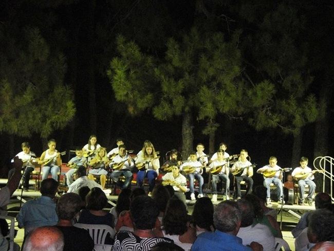 Φωτογραφίες από την συναυλία στη Σκάλα