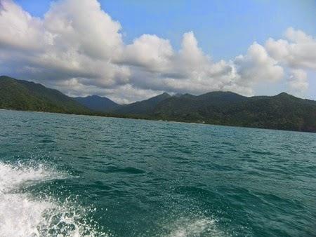 desde el barco rápido de Koh Chang a Koh Wai
