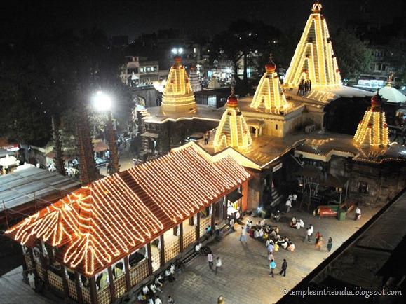 Navaratra_mahalakshmi-temple_1