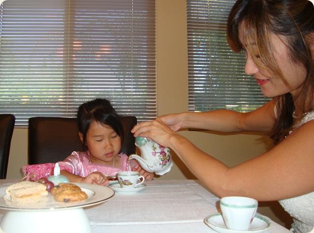 Tea Party 041A