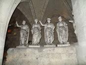 2014.09.09-032 statues