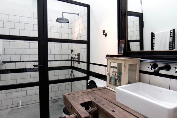 sin pecado concebida: Un ex-garaje en Amsterdam