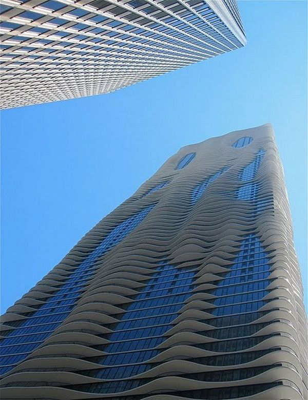Aqua Tower in USA, Chicago
