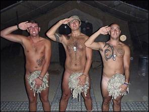 militares ingleses nu