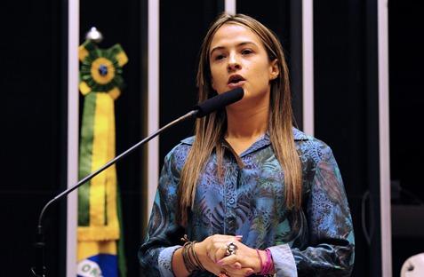 Deputada_Bruna_Plenario