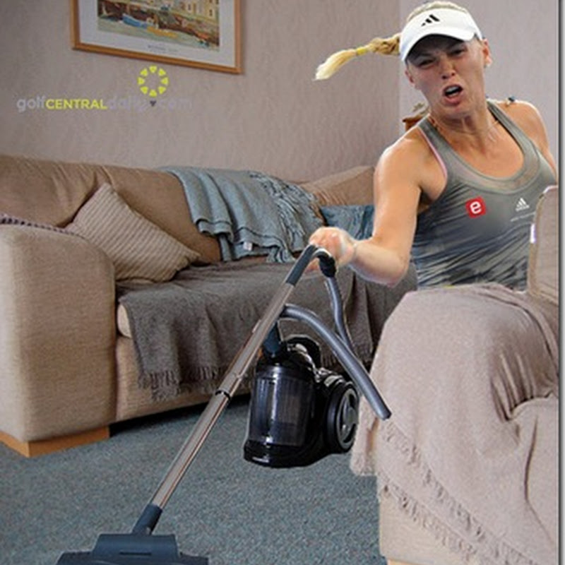 Wozniacki Spotted Unclogging Vacuum Cleaner. Again Denies Engagement