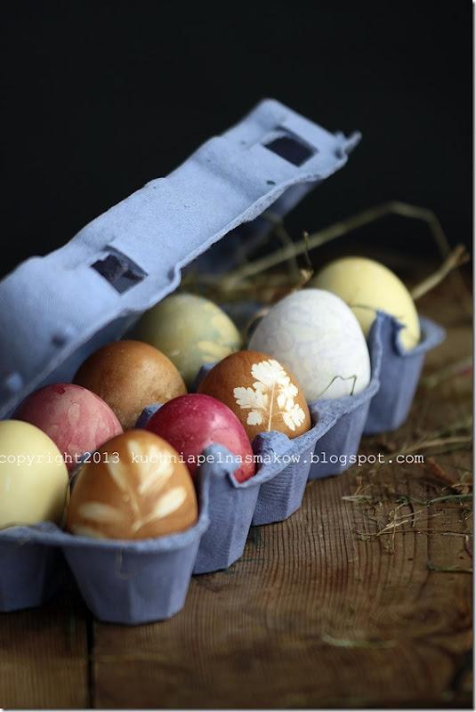 jajka malowane naturalnymi barwnikami (1)
