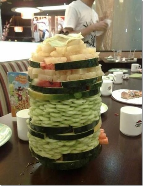 salad-tower-pizzahut-2