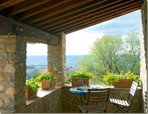 Italy Views Minchilli