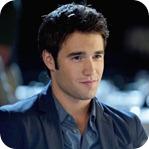 Daniel Grayson (Joshua Bowman), filho de Victoria e Conrad. >>>> Filmes: So Undercover, A Armadilha