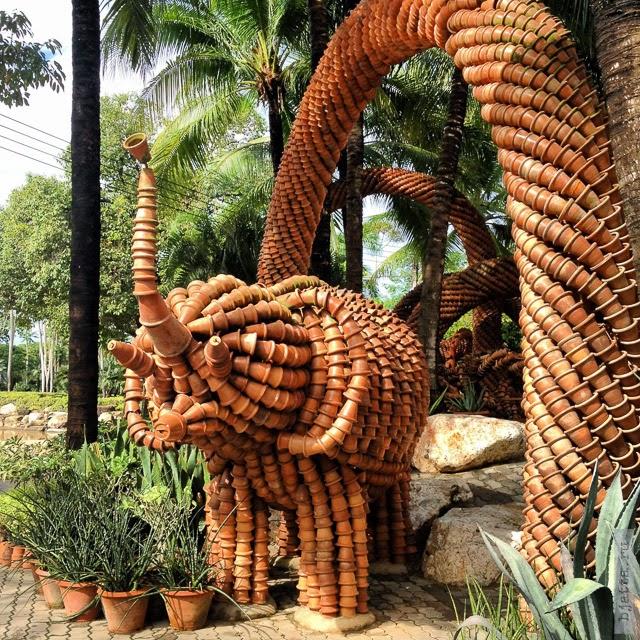 2012. Nong Nooch. Thailand. Pattaya.