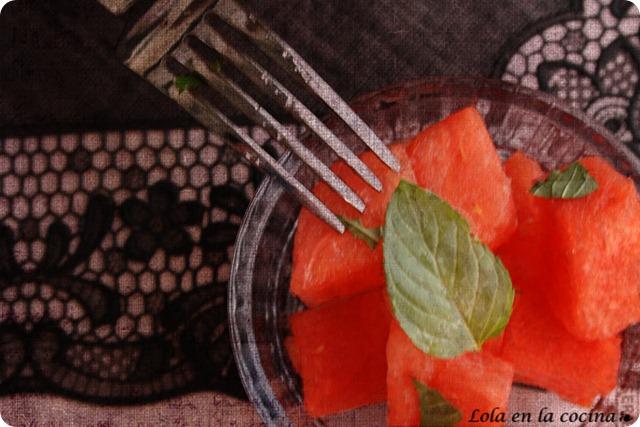 sandia-agua-de-rosas3