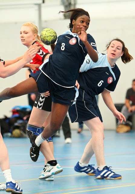 EHA Womens Cup, semi finals: Great Dane vs Ruislip - semi%252520final%252520%252520gr8%252520dane%252520vs%252520ruislip-2.jpg