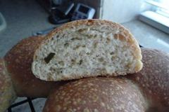 Gary-panmarino-rolls-crumb