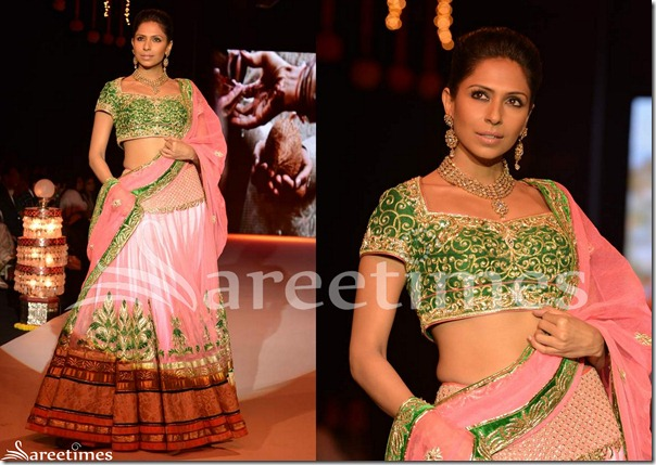 Day_3_IIJW_Pink_Lehenga