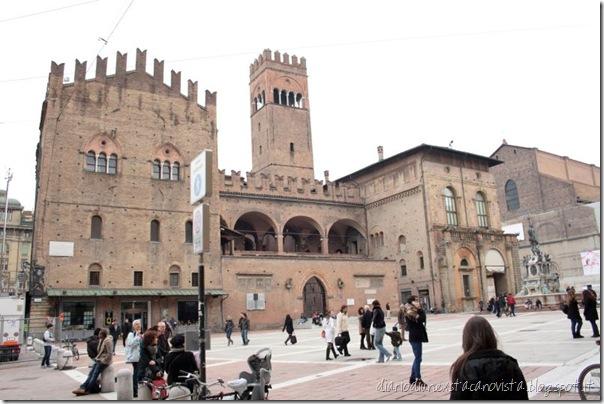 Bologna Piazza del Nettuno