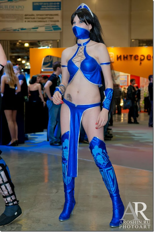 igromir-cosplay-girls-19