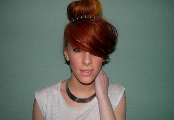 SPIKED HAIR CLIP