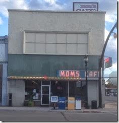 Moms cafe (1127x1164)