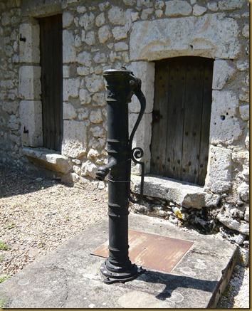 chateau fourgeres-sur-bievres9