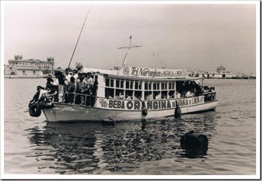 Embarcación Golondrina y Trinaranjus, en el puerto. 1956