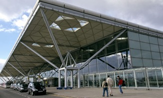 Stansted-airport-strike-008