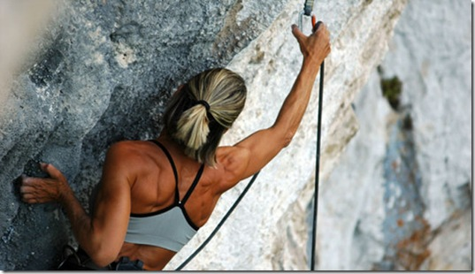 girls-rock-climbing-7