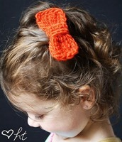 Crochet Hair Bows Tutorial[5]