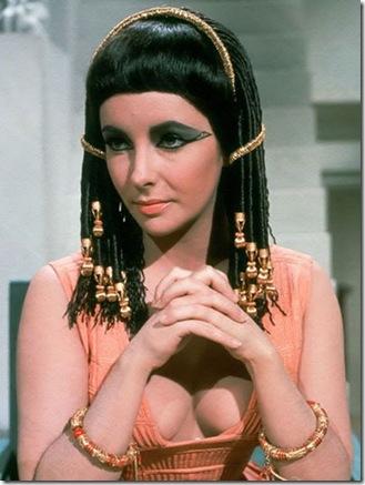 elizabeth-taylor-in-cleopatra-elizabeth-taylor-6523993-400-533_UbpMT_37155