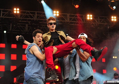 Justin-Performing-at-MTV-World-Stage-live-in-Malaysia-justin-bieber-31466389-1280-890