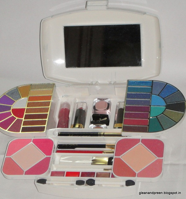 VOV Make Up Kit - G1981