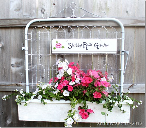 gate-flower-box-018
