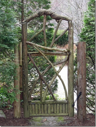 Rustic-gate-White-Garden