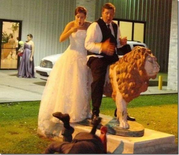 funny-wedding-photos-16