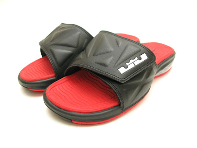 nike air lebron slide 2 black red 2 02 Nike Air LeBron Slide 2   Black / Red   Available Now