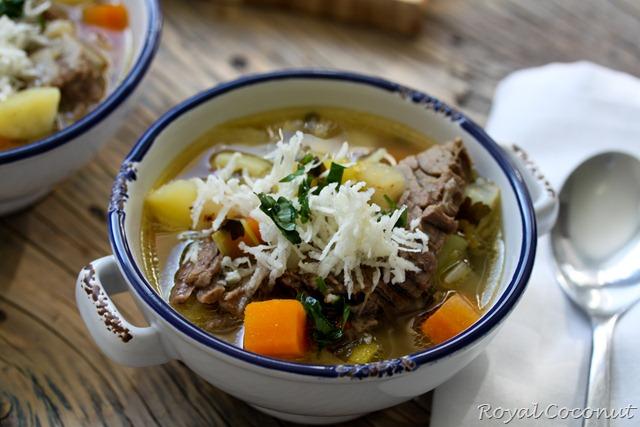 Κρεατόσουπα με χραίνα (1 von 1)