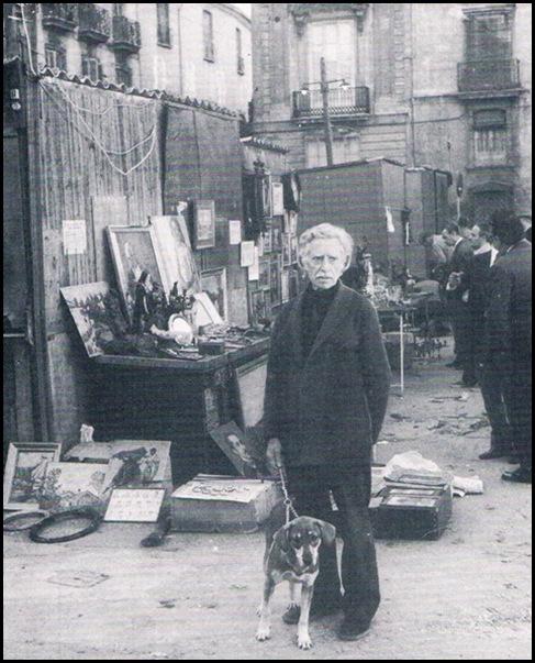 Rastro de la plaza Napoles y Sicilia. Ca. 1979