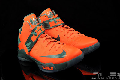 lebrons soldier6 orange camo 35 web black The Showcase: Nike Zoom Soldier VI Orange & Hasta Camo