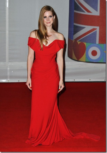 The BRIT Awards 2012 Arrivals QJgyzoppoeal